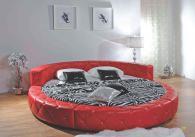 Нестандартна тапицирана спалня